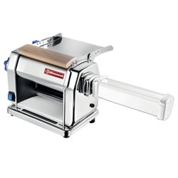 tésztanyújtó alapgép (opciós tésztavágó funkcióval)