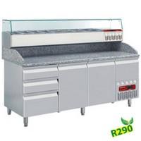 483 literes hűtött pizzaelőkészítő munkaasztal, GN 1/3 osztású feltéthűtővel, gránit fedlappal, 2 ajtóval és 3+1 fiókkal, 600x400 mm-es