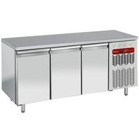 550 literes hűtött munkaasztal cukrászati és sütőipari célra, rozsdamentes fedlappal, 3 ajtóval, 600*400 mm-es belmérettel, -2/+8°C