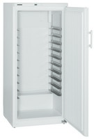 491 literes mélyhűtő, statikus hűtéssel, teli ajtóval