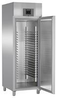601 literes cukrászati mélyhűtő, ventilációs hűtéssel, teli ajtóval