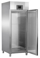 856 literes cukrászati mélyhűtő, ventilációs hűtéssel, teli ajtóval