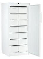513 literes mélyhűtő, statikus hűtéssel, teli ajtóval