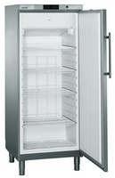 478 literes mélyhűtő, ventilációs hűtéssel, teli ajtóval