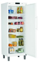 663 literes hűtő, ventilációs hűtéssel, teli ajtóval