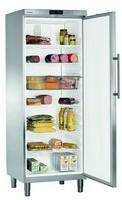664 literes hűtő, ventilációs hűtéssel, teli ajtóval